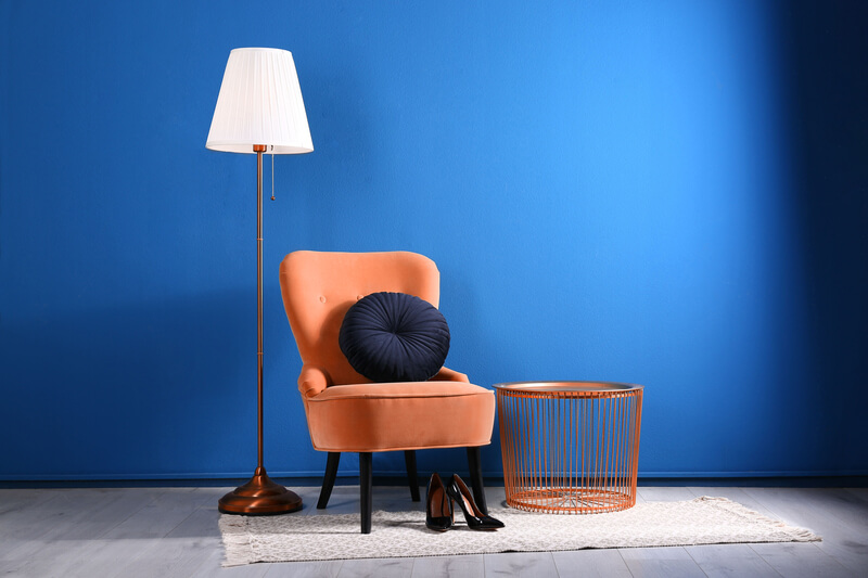 Kleurencombinaties woonkamer blauw en oranje