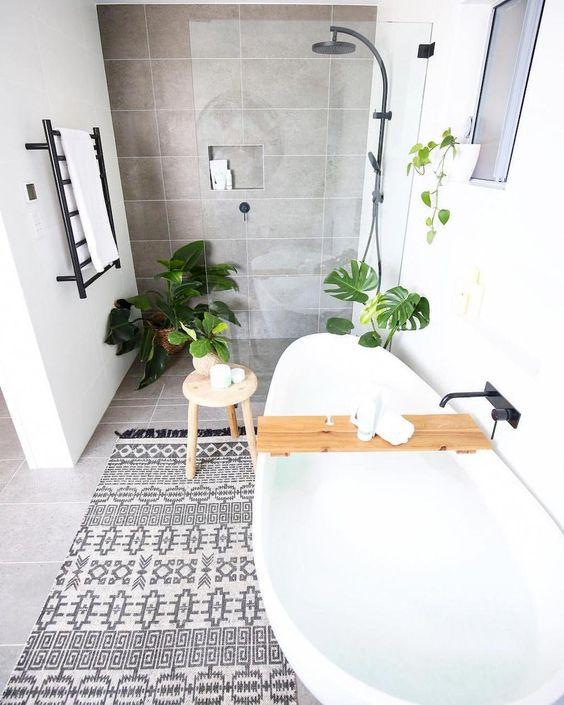 Fonkelnieuw Veel wit en toch gezellig in een Scandinavische badkamer - Nieuwe SV-56