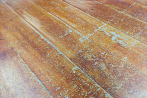 beschadigde vloer