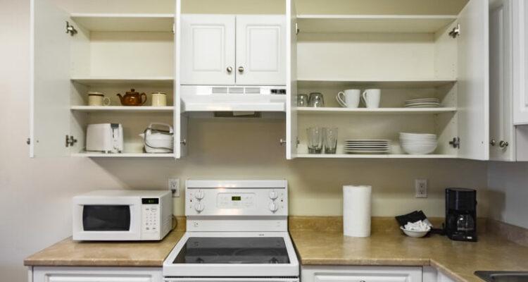een kijkje in keukenkastjes