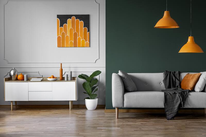 een oranje interieur