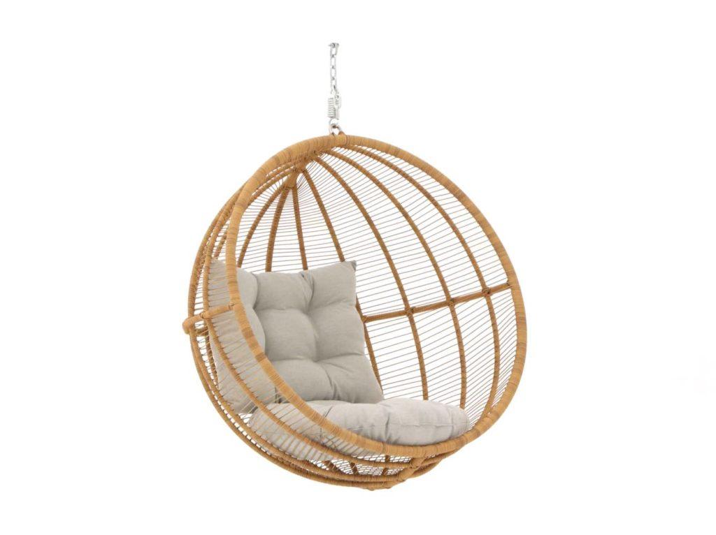 Hangstoel Voor 2 Personen.Een Mooie Hangstoel In De Tuin Een Fijn Plekje Voor Jezelf