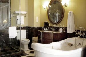 vieze-plekjes-in-de-badkamer